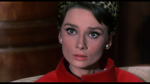 Audrey_Hepburn_in_Charade_4